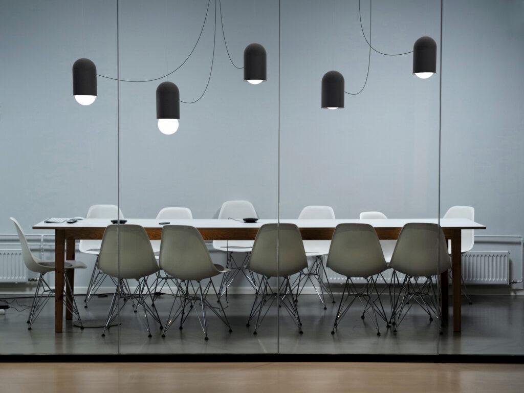 Svítidlo Capsule pro českého výrobce svítidel Lucis od studia Herrmann & Coufal. Foto Czech Grand Design