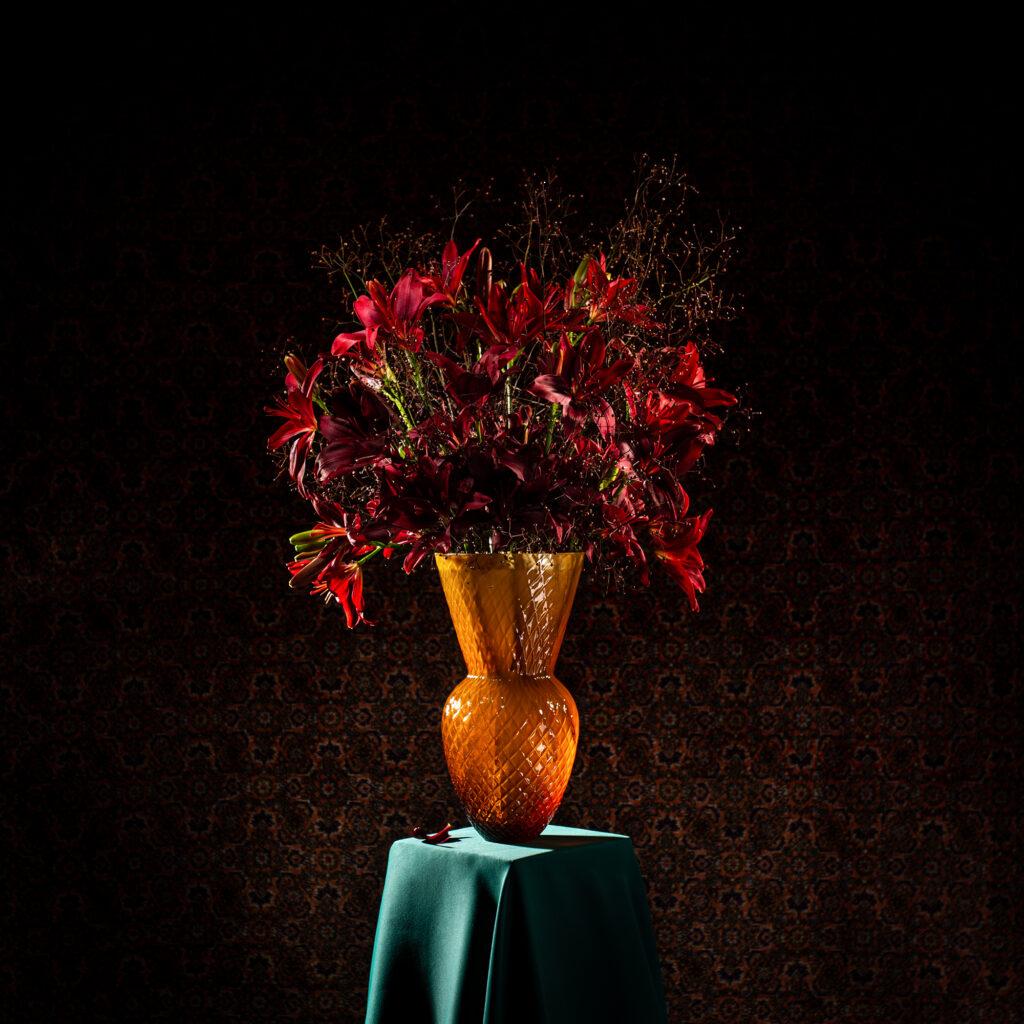Drama Vases podle návrhu Františka Jungvirta pro KLIMCHI. Foto Lukáš Moravský. Flower design Robert Bartolen