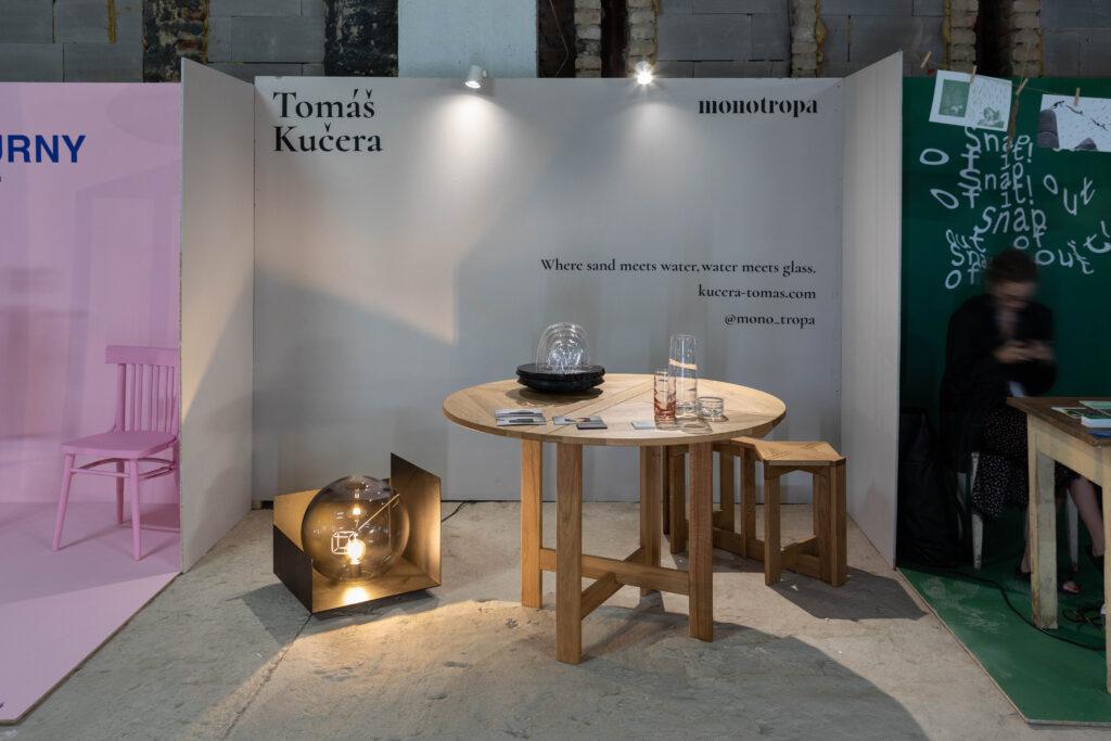 Instalace Tomáše Kučery a značky Monotropa na Czech Design Week 2021. Foto